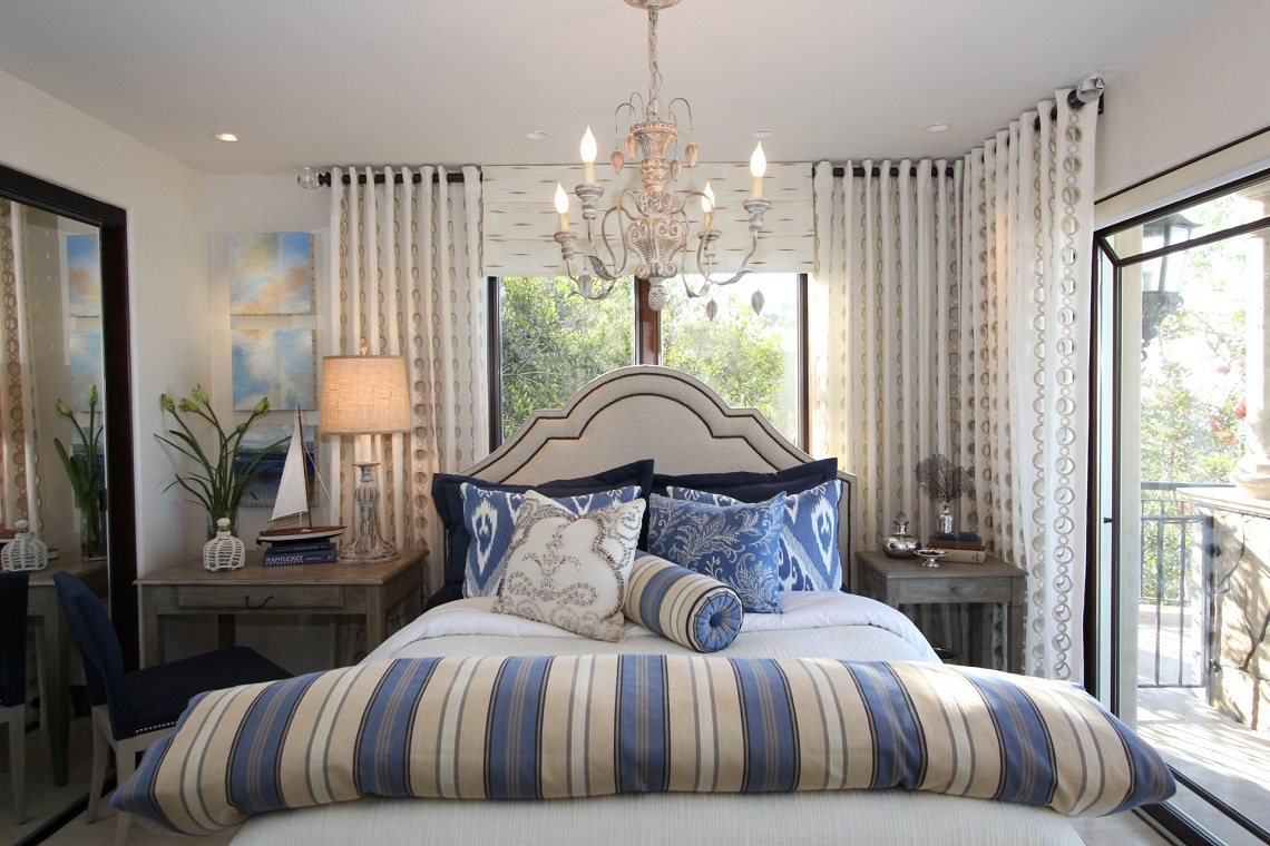 La jolla luxury bedroom 1 before and after robeson design for Living room la jolla